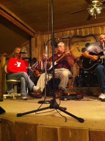 Burgin, KY: Good old time music