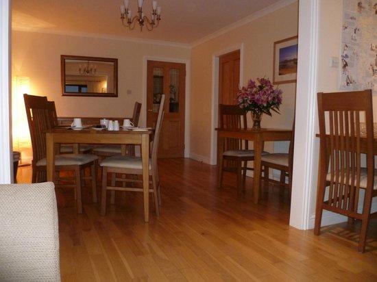 Ceann na Pairc Guest House: dining area