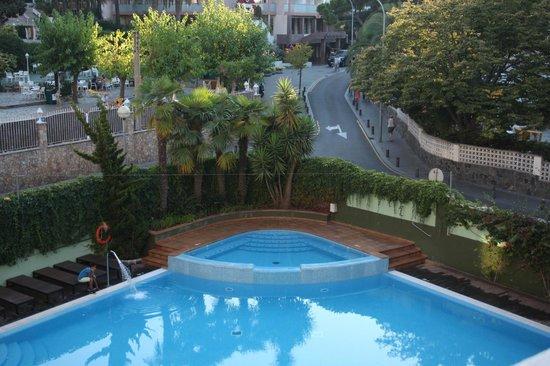 Hotel Acapulco Lloret de Mar: view from room