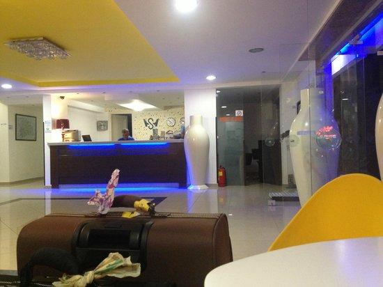 Sergios Hotel : hall