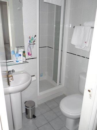 London Town Hotel : il bagno