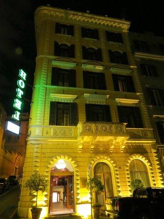 Raffaello Hotel : Beautiful buliding lit up at night!