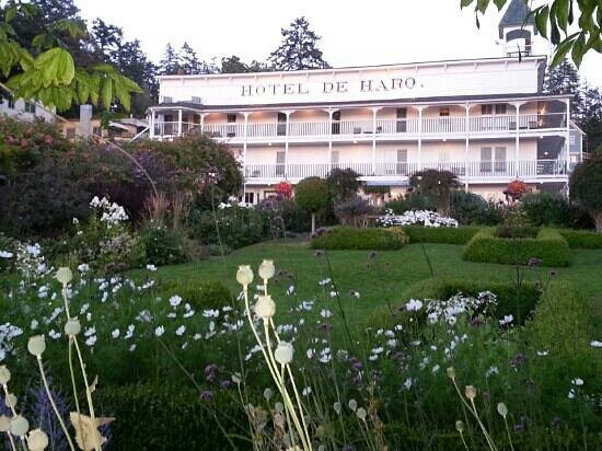Roche Harbor Resort: Same beauty its always been! 7/2013