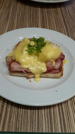 The Coffee Club: eggs benedict with extra bacon..