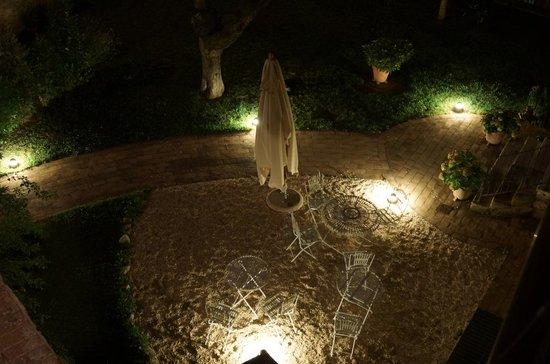 B&B Arnolfo: Jardin
