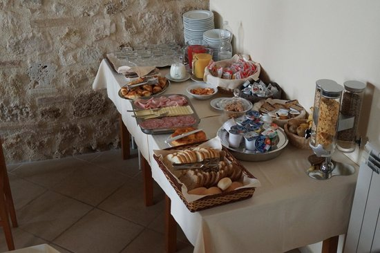 B&B Arnolfo: Petit déjeuner