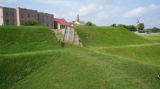 Tricentennial Park: Battlefield Memorial Park
