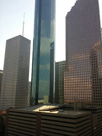 Doubletree Hotel Houston Downtown: Amazing room view of downtown.