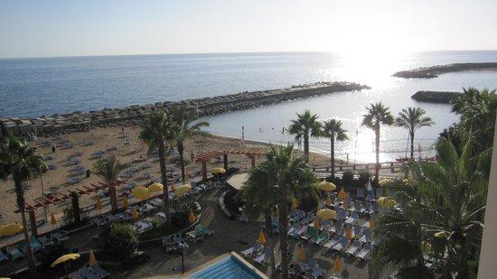 Savoy Calheta Beach : Plage publique !