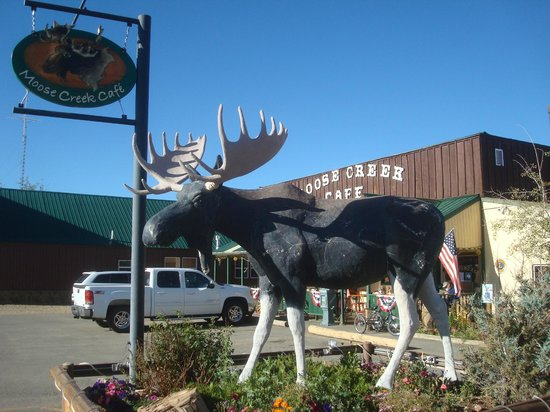 Chedsey Motel: Moose Creek Cafe.  Good food, good people, good prices.