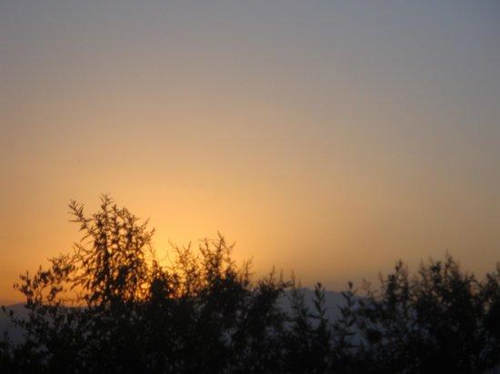 Great Rift Valley Lodge & Golf Resort: Sunrise from my patio