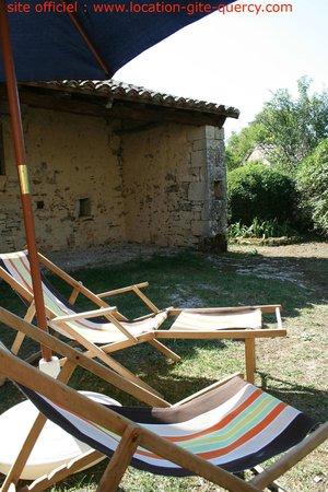 Les Gîtes du Mas d'Aspech : détente au gite lot quercy location gite  www.location-gite-quercy.com