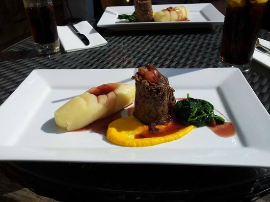 Becket's Restaurant & Grill: The most tender and beautifully presented braised beef with spinach and mash