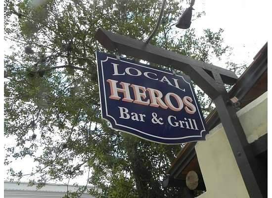 Local Hero's Cafe: sign