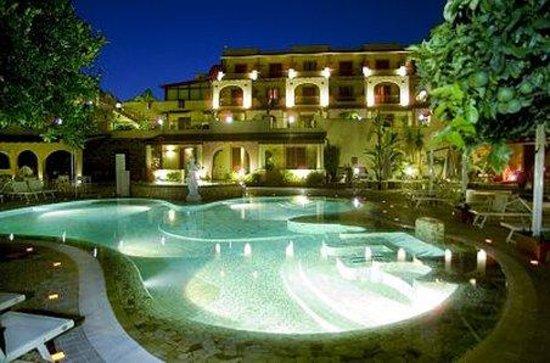 Hotel Tritone: Pool