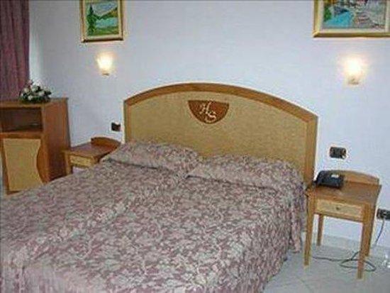 Hotel Savoia: Room