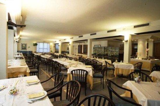 Cristallo Hotel Assisi: Gastronomy