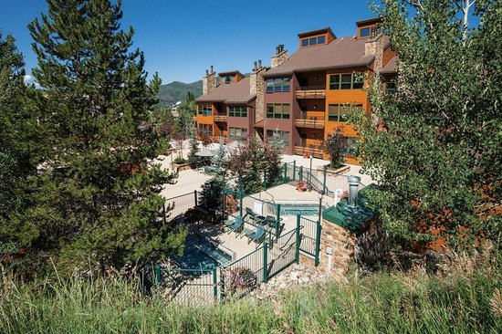 Kutuk Condominiums by Steamboat Springs: Kutuk in Summer