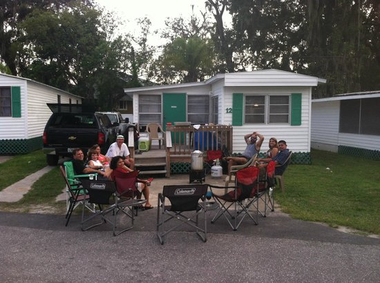 Seagrass Resort: Shirmp Boil with Friends!