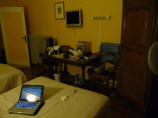 Hôtel de Guise : Chambre spacieuse - ce n'est pas toujours le cas