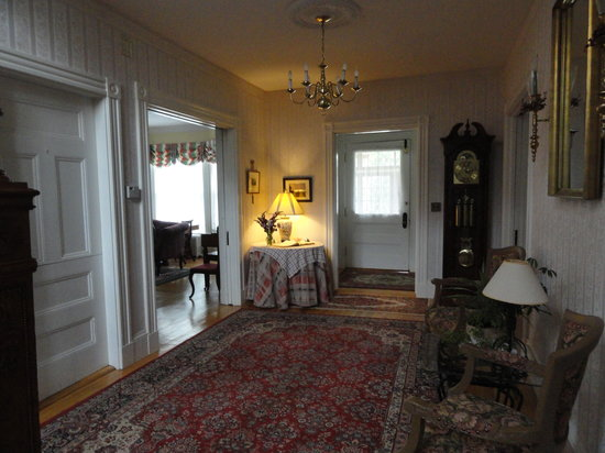 The Guilford Bed And Breakfast: Exquisite ...yet extremely comfortable!