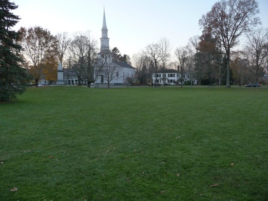 Minute Man National Historical Park: The Lexington Green