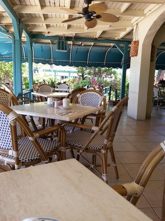 Island Beachcomber Hotel: The Open Air Resturant