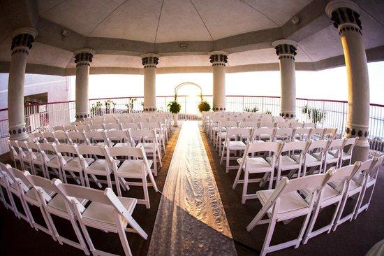 Crown Reef Beach Resort And Waterpark Wedding At The Gazebo