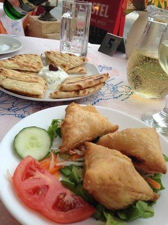 Aris Grill : Starters: Mini cheese pies, pitta and tzatziki