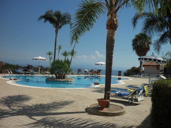 Hotel Residence Rosy: piscina