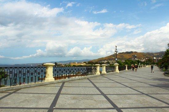 Lungomare Falcomata : lungomare di Reggio Calabria