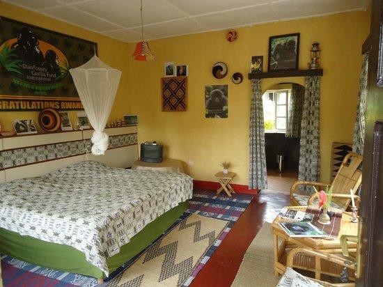 Hotel Muhabura : Inside of the Dian Fossey room