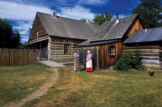 West Coast Nature Day Tours: Historic Sites