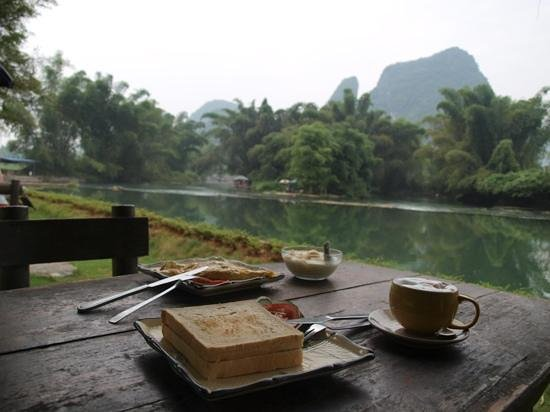 Yangshuo Mountain Retreat: desayuno