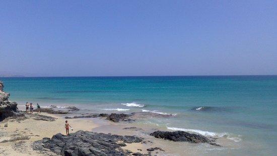 SBH Taro Beach: Magnifica arena y agua.