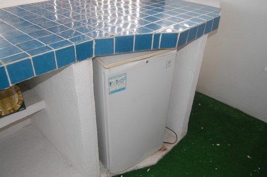 Las Torres Gemelas: fridge on the deck