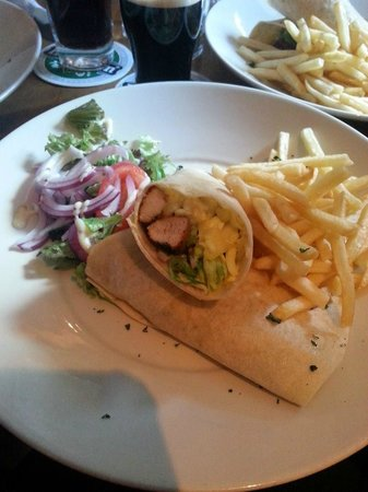 O'Connor's Bar: Cajin Chicken Wrap with Fries £5.60