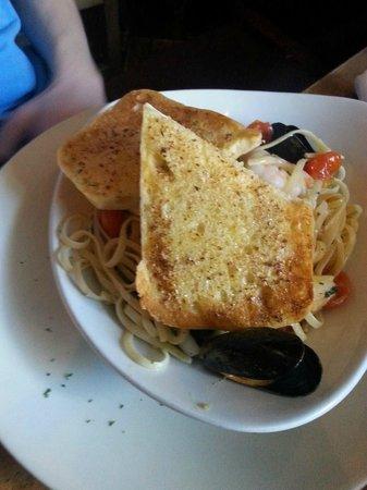O'Connor's Bar: Sea Food Linguine