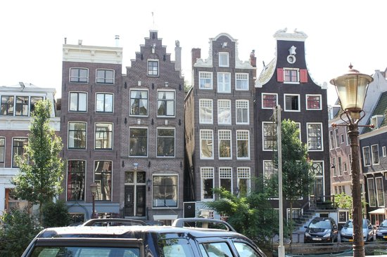Hotel Di-Ann: Amsterdam buildings