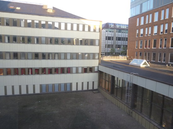 Scandic Europa Gothenburg : Unscenic view from room window