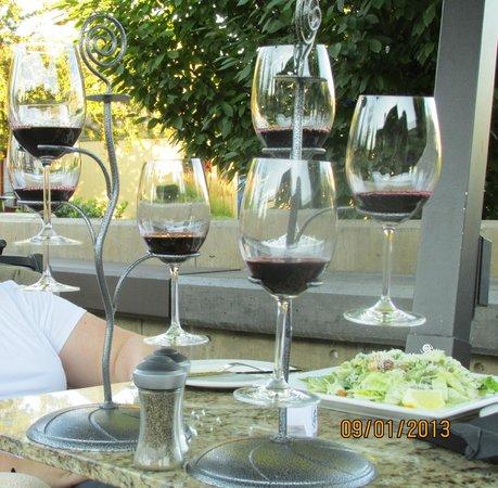 Kettle Valley Station Pub: Wine Flights