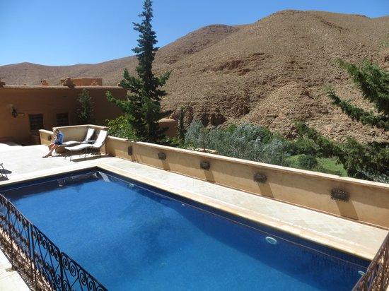 Chez Pierre : piscine