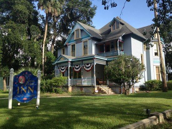 Seven Sisters Inn - August 16-18, 2013