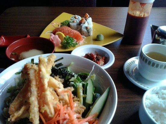 Burger and Bento: Donburi, Sushi, Sashimi, Kimchi, Miso soup, Rice and Phoenix Sencha tea!