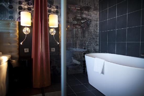 Radisson Blu Riverside Hotel, Gothenburg: Bath tub in the Junior suite