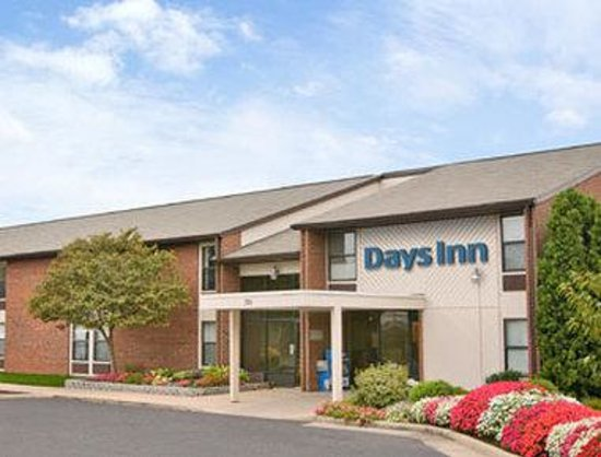 Welcome to the Days Inn Leesburg