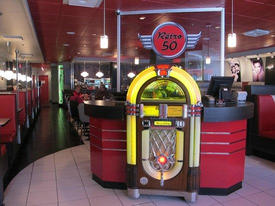 Restaurant Retro 50 : Bienvenue au Rétro 50