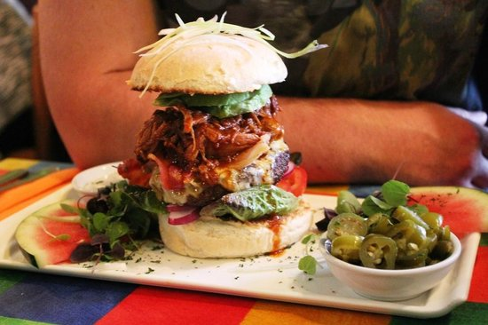 The Mex: Burger with pulled pork, bacon and avocado!