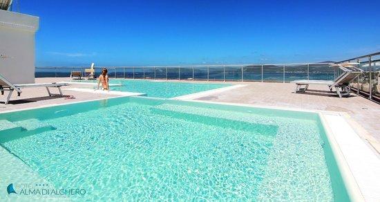 Alma di Alghero Hotel: piscina