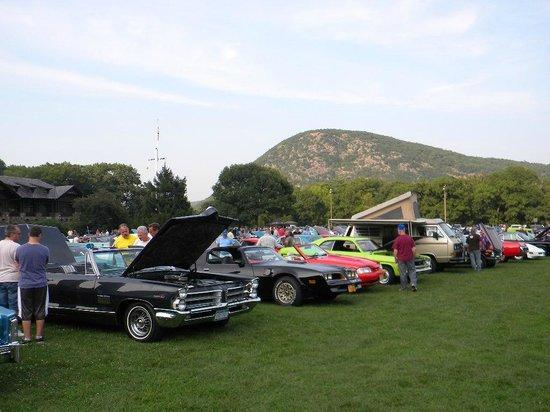 Antique car show at Bear Mountain Inn